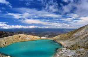 Mt Ruapehu crater lake <br/> Image source http://www.flickr.com/photos/rowlandr